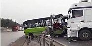 Gebze'de Halk otobüsü ile TIR çarpıştı...