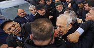 Kemal Kılıçdaroğlu'na yumruk atan...