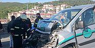 Minibüs ile otobüs çarpıştı 10 yaralı