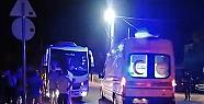 Servis aracıyla otomobil çarpıştı:2...