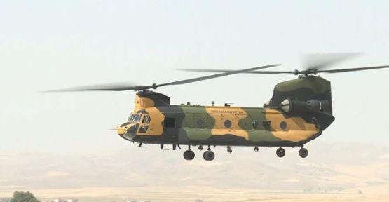 Türkiye'ye 4 Chinook helikopteri teslim edildi