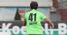 41 Numaralı Futbolcu Erhan Şentürk