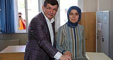 Ahmet Davutoğlu,oyunu Eyüpsultan'da kullandı