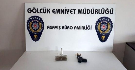 Uyuşturucu ve silahla gezerken bekçilere yakalandı