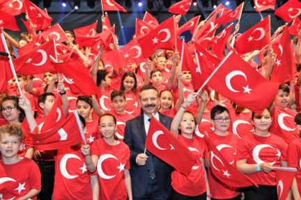 Vali Aksoy'dan  Eğitim Öğretim Yılı Mesajı