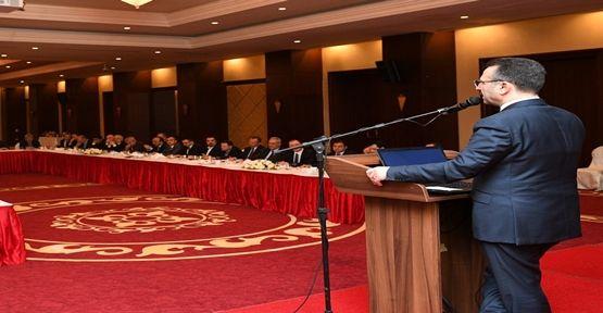 Vali Hüseyin Aksoy ve Liman Sahipleri Toplantı'da !