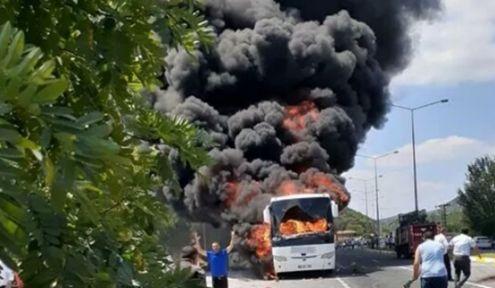 Yolcu otobüsü Yandı! 5 kişi hayatını kaybetti.