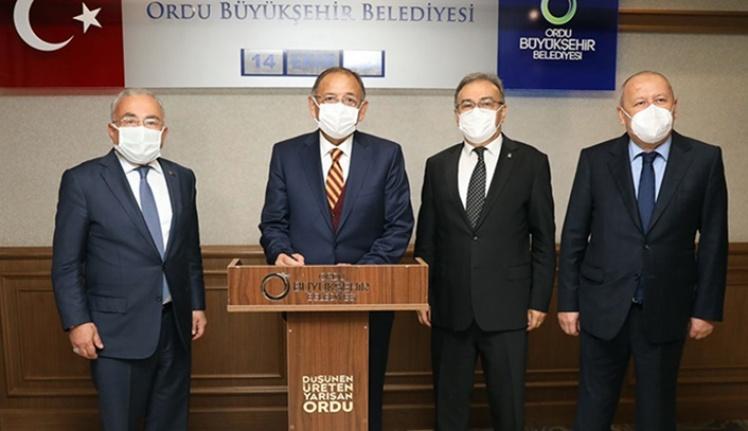 """Mehmet Özhaseki""""AK Parti olarak bizler istişareye çok önem veriyoruz"""""""