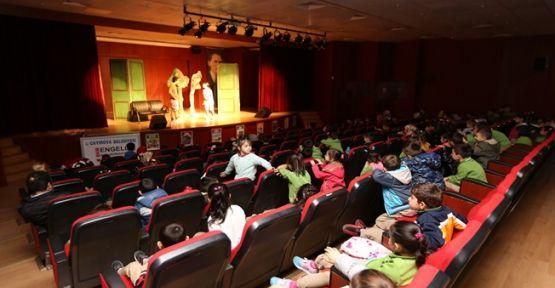 Çayırova Belediyesi Çocuk Tiyatro Günleri Devam Ediyor !
