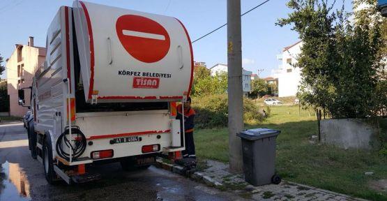 Çöp konteynerları yıkanıyor