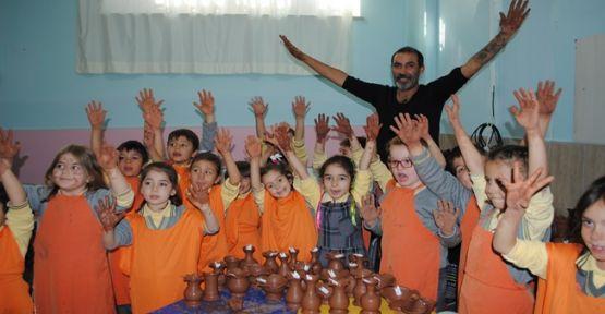 İlkokkul'da Çömlek Eğitimi Verildi