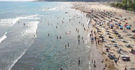 Kandıra sahillerinde denize girme yasağı uzatıldı !