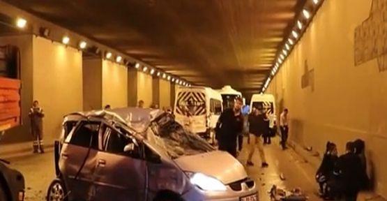 Kocaeli'de kayganlaşan yolda 17 araç birbirine girdi: 4 yaralı