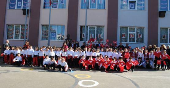 Kroman Çelik İlkokulu Cumhuriyet Bayramı Kutlamaları