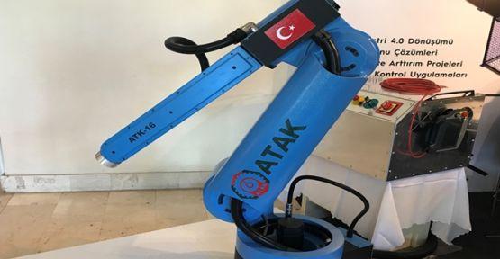 Made in Gebze logolu Atak Robot Kocaeli Bilişim Fuarı'nda