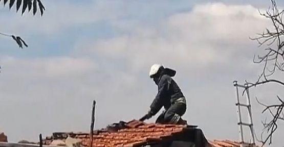 Söndürülmeyen sigara yüzünden çatı yandı