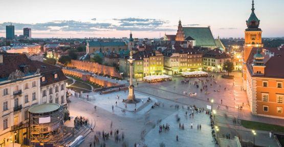 Varşova Hangi Ülkededir ?