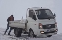 Doğuda kar etkili oldu araçlar yolda kaldı!