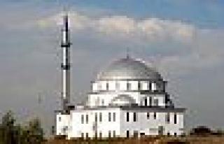 Büyükşehir camilerin eksiklerini tamamlıyor