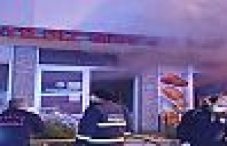 Gebze'de ekmek fırınında yangın çıktı