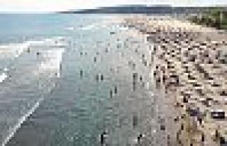 Kandıra sahillerinde denize girme yasağı uzatıldı...