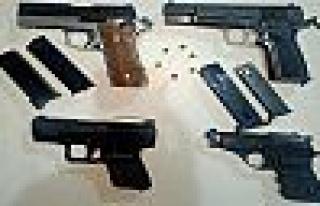 Kocaeli'de silah kaçakçılığı operasyonu; 22...