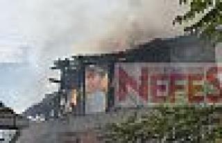 Mustafa paşa mahallesindeki yangın korkuttu