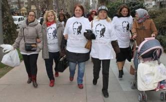 CHP'li kadınlardan 14 Şubat kutlaması