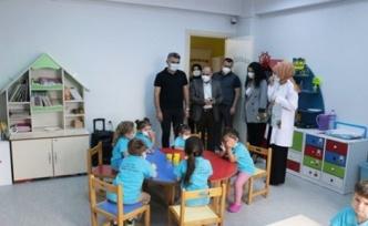 SBÜ Derince Eğitim ve Araştırma Hastane Yönetiminden Kreş ve Gündüz Bakım Evi Ziyareti
