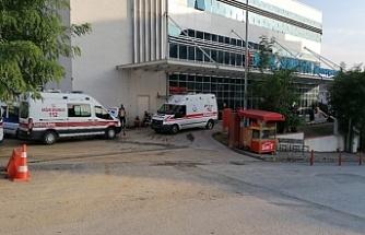 5.kattan araç üzerine düşen kız yaralandı!