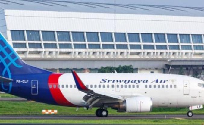 59 yolcusu bulunan uçak denize düştü