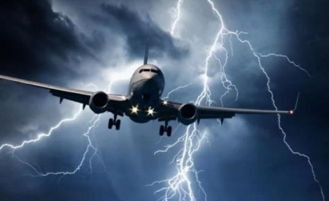 Uçaklar Yıldırımlardan Nasıl Korunur?